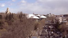 Vista superiore di paesaggio urbano a Tbilisi, Georgia stock footage