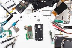 Vista superiore di riparazione del telefono Immagine Stock