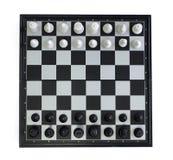 Vista superiore di scacchi su fondo bianco Foto di scacchi del gioco della Tabella Immagine Stock