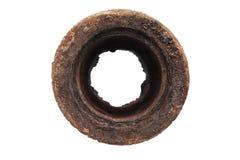 Vista superiore di vecchio tubo arrugginito isolato su un bianco Immagini Stock