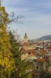 Vista superiore sopra la vecchia città di Brasov Immagini Stock Libere da Diritti