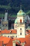 Vista superiore sul cancello della polvere e su una torretta di segnalatore acustico, Praga Fotografie Stock Libere da Diritti