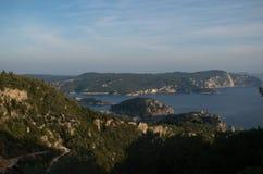 Vista surpreendente da ilha de Corfu na paisagem de greece imagens de stock royalty free