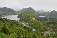 Vista surpreendente de lagos da montanha nos cumes Fotografia de Stock Royalty Free