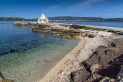 Vista surpreendente do farol de St Theodore em Argostoli, Kefalonia, Grécia Fotos de Stock Royalty Free