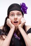 Vista surpreendida e surpreendida da jovem mulher Fotografia de Stock Royalty Free