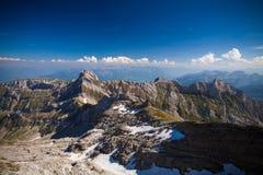 Vista svizzera dei alpes dal picco di Säntis Immagine Stock