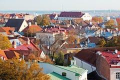 Vista a Tallinn vieja, Estonia. Fotografía de archivo