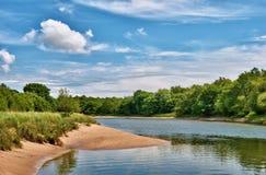 Vista tranquila del río Leven Foto de archivo libre de regalías