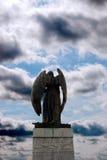 Vista trasera de la estatua del ángel en cobh Imagenes de archivo