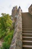 Vista unica di Burg Eltz nella regione di Mosella, Germania fotografia stock