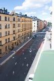 Vista a Upplandsgatan e às construções residenciais Foto de Stock