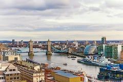 Vista urbana hermosa de señales famosas en Londres, Inglaterra Foto de archivo libre de regalías