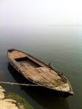 Vista Varanasi della barca di fila Fotografia Stock