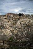 Vista vertical de la ciudad de Matera imagen de archivo libre de regalías
