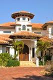 Vista vertical del hogar español del estilo Fotografía de archivo