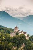 Vista verticale del castello di Vaduz, Lichtenstein Immagine Stock Libera da Diritti