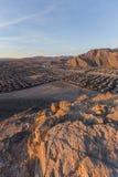 Vista verticale di primo mattino dell'alloggio di Las Vegas dalla montagna sola Fotografia Stock Libera da Diritti