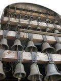 Vista vicina alle campane di chiesa, parte del carillon Fotografia Stock