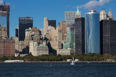 Vista vicina dell'orizzonte orientale del centro di Manhattan Immagini Stock