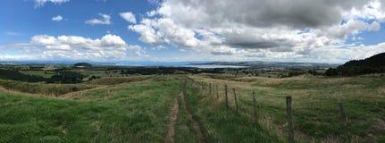 Vista von Taupo-Einfassungen lizenzfreie stockfotos