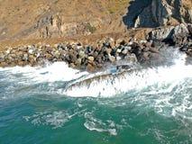 Vistas aéreas de la costa costa del océano Fotografía de archivo