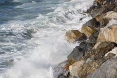 Vistas aéreas de la costa costa del océano Fotos de archivo