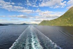 Vistas cénicos de Geirangerfjord (Noruega) Fotografia de Stock Royalty Free