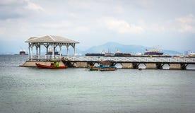 Vistas da ilha de Si-chang do porto Imagens de Stock Royalty Free