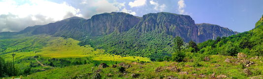 Vistas das montanhas de pouco Cáucaso Imagens de Stock