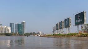 Vistas de la ciudad del barco Imágenes de archivo libres de regalías