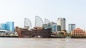 Vistas de la ciudad del río de Saigon Fotografía de archivo libre de regalías