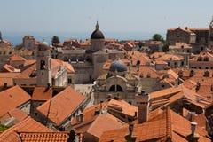 Vistas de la ciudad vieja de las paredes de Dubrovnik foto de archivo libre de regalías