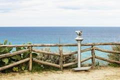 Vistas de la costa de la ciudad italiana fotografía de archivo