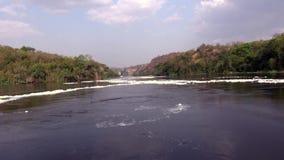 Vistas de las aguas tranquilas de Nile River blanca almacen de metraje de vídeo