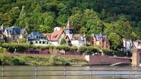 vistas dos bancos do Rhine River fotos de stock