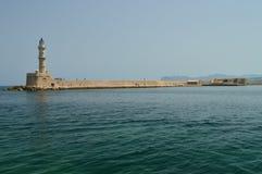 Vistas magníficas del faro de la antigüedad en el puerto de Chania Viaje de la arquitectura de la historia imagenes de archivo