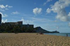 Vistas maravilhosas da praia de Waikiki fotografia de stock royalty free