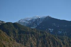 Vistas maravilhosas dos Pyrenees da vila de Bielsa Paisagens, natureza, história, arquitetura 29 de dezembro de 2014 Bielsa, Hues fotos de stock