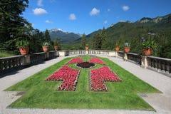 Vistas notáveis do parque bonito perto de um alojamento de caça real Linderkhof fotografia de stock royalty free