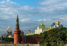 Vistas novas do Kremlin de Moscou Foto de Stock Royalty Free