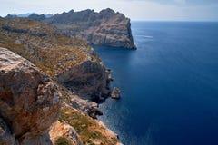 Vistas románticas hermosas del mar y de las montañas Capsule a de formentor - costa de Mallorca, España - Europa Fotografía de archivo libre de regalías