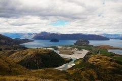 Viste da Rocky Mountain Summit verso il lago Wanaka, Nuova Zelanda Immagini Stock