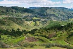 Viste dei campi e delle montagne del terrazzo Immagini Stock