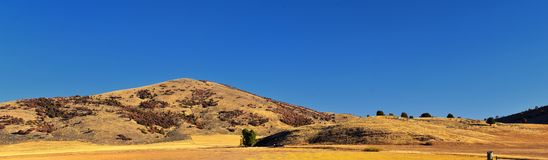Viste del paesaggio del canyon dell'acero negundo, conosciute popolare come il canyon della sardina, a nord di Brigham City all'i fotografia stock libera da diritti