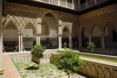 Viste del palazzo di alcazar a Sevilla Fotografia Stock Libera da Diritti