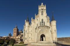 Viste del palazzo e della cattedrale eoiscopal di Astorga, Leon, Castil Fotografia Stock