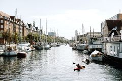 Viste del porto a Copenhaghen, Danimarca fotografie stock