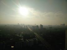 Viste dell'orizzonte di Bangkok della foschia di mattina Fotografie Stock Libere da Diritti