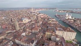 Viste di Venezia dall'elicottero video d archivio
